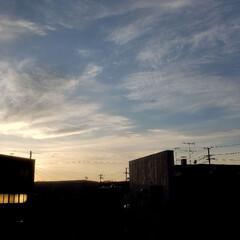 ゴールデンウィーク/空/雲/夕陽/夕日/定休日/... ゴールデンウィーク中は日曜日だけが休みの…