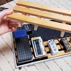 エフェクター/楽器/スノコ/すのこ/手作り/ひらた家具店/... 【店長の趣味】  店長、エレキベースを弾…