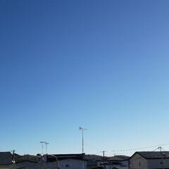 快晴/青空/空/ひらた家具店/秋 ひらた家具店の2階の窓から。  今日は天…