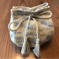 タッセル/巾着/手芸/ハンドメイド 巾着編んでみました。 初バック細編みやっ…