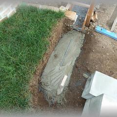 基礎モルタル/鉄筋コンクリート/フェンス基礎/DIY/フェンス柱/スリットフェンス 砕石転圧した後にモルタルで基礎造り 鉄筋…