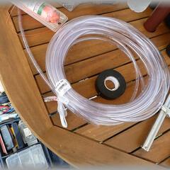 水盛り管/水平/水糸/基礎 透明なチューブを使って水盛りします。 基…