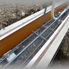 diy201604/面木/基礎/ブロック塀/塗り壁/ガーデン/... 型枠には面木も付け仕上がり天端に面を造り…