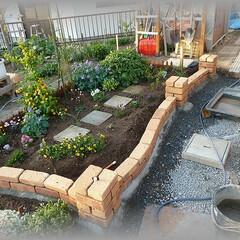 花壇/ライティング/配管ガーデンライト/12Vライト/ローボルトランプ 今回のレンガ積はL字型の2辺のみです。 …