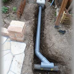 浸透桝/Y字配管/二股/排水勾配/水/排水/... 二番目の桝から既存の排水管への経路です。…