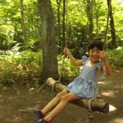 初体験/ハイジブランコ/北軽井沢スウィートグラス/キャンプ/軽井沢/夏の思い出/... 軽井沢キャンプでの一コマ。 川が流れるす…