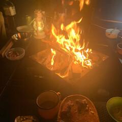 キャンプグッズ/焚き火/キャンプ/おでかけ/おすすめアイテム/暮らし/... 秋冬のキャンプと言ったら焚き火!! 夜は…