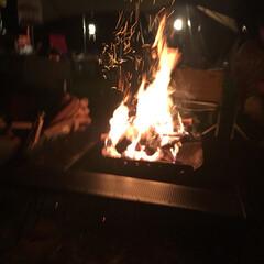 自然との触れ合い/秋の行楽シーズン/アウトドア/焚き火/キャンプ/秋の一枚フォトコンテスト/... 秋といえばキャンプ。 キャンプといえば焚…