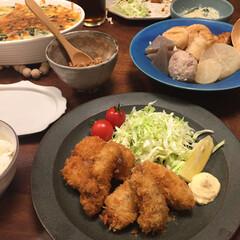 幸せ♡私のごはんフォトコンテスト/フォロー大歓迎/おうちごはん/グルメ/フード/キッチン/... いつかの晩御飯。 旬の牡蠣を使ってカキフ…(1枚目)