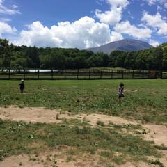 子供との思い出/浅間山/北軽井沢スウィートグラス/軽井沢/キャンプ/夏の思い出/... 軽井沢キャンプの一コマ。 浅間山を目の前…