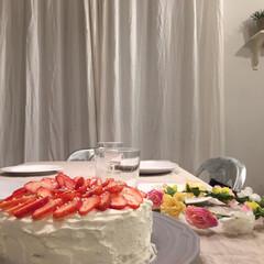 家事/バースデーケーキ/時短テク/生活の知恵/グルメ/フード/... 市販のスポンジで作る簡単バースデーケーキ…