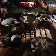 焚火/デイキャンプ/チーズホンデュ/マイホーム/ガーデン/おうちキャンプ/... 今日は風がなく暖かかったので、夜はお庭で…