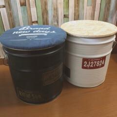 ペール缶/DIY/100均/セリア/インテリア/収納 OSB材でフタを作って、ペール缶回りをペ…