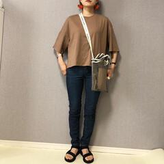 ママコーデ/スキニーデニム/おしゃれ/夏ファッション/GU GU クロップドT♡  絶妙なブラウンカ…