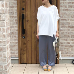 ビニールバッグ/サテンパンツ/ママコーデ/ファッション/夏ファッション 最近お気に入りのサテンパンツ♡ lowl…