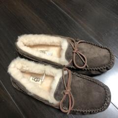 UGG/モカシン/ファッション 寒くなってきて、足の指先が冷える冷える🥶…