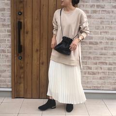 プリーツスカート/スウェット/ファッション スウェット素材のサイドスリットカットソー…