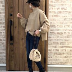 ママコーデ/フライトキャップ/ファッション シンプルに。ボリューム袖ニット×スキニー…
