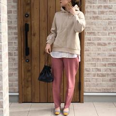 パーカー/レイヤードスタイル/カラーパンツ/ファッション 暖かくなりましたねー😍春コーデが着れるの…