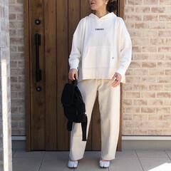 パーカー/ホワイトコーデ/ファッション オールホワイト♡  パーカーは、コーデに…