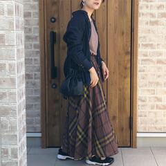 チェックスカート/ママコーデ/チェック/ファッション ブラウンカラーのチェックスカートが、とに…