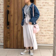ママコーデ/コンバース/プリーツスカート/ファッション 春にたくさん着たい、プリーツスカート🎶 …