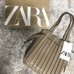 プリーツ加工バッグ/秋小物/ZARA/ファッション/おしゃれ ぶらっと立ちよったZARAで、可愛いバッ…