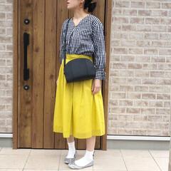 ママコーデ/イエロー/ギンガムチェック/ファッション ギンガムチェック×イエロースカートで、春…