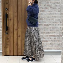 ママコーデ/パーカー/レオパード/ファッション レオパードスカートを使ってカジュアルスタ…