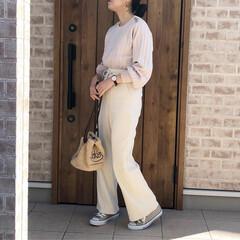 GU/リブパンツ/ホワイトコーデ/ママコーデ/ファッション GUさんのリブパンツ♡動きやすいし、色々…