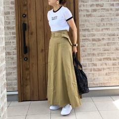 ZARA/チノスカート/ファッション ZARA さんのリンガーTシャツに、チノ…