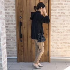 パイソン柄/パーカーコーデ/ファッション パーカーコーデ♡ バックプリーツのデザイ…