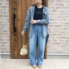 ママコーデ/プチプラ/GU/ファッション GU×ELLEコラボのロゴT❤️  ブラ…