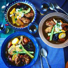 カレーライス/夏野菜カレー/夏ごはん/グルメ/フード/おうちごはん スパイシーチキンと夏野菜のカレーで 暑さ…