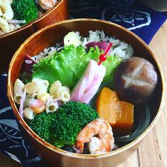 秋の味覚/秋盛りだくさん/さつま芋ごはん/お弁当/フード 秋の味覚盛りだくさん #秋盛り弁当  ▫…