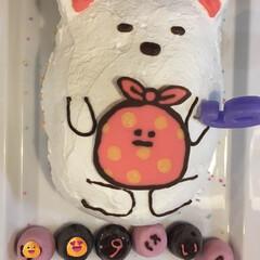 お菓子/誕生日/すみっコぐらし/キャラケーキ/スイーツ ピノでネームプレート代わり♡すみっこぐら…