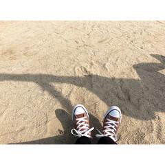 コンバースリメイク/コンバースオールスター/コンバース/公園/ブランコ/LIMIAおでかけ部/... 昨日は外の方が暖かくて次女とお散歩しまし…
