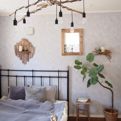 ベッド/ウンベラータ/寝室/リゾート風/流木/流木リメイク/... 冬も流木インテリアでリゾート風を楽しんで…