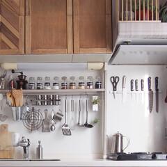 キッキンツールラック/ラブリコ/DIY/100均/インテリア/キッチン/... キッチンはほとんど100円グッズで揃えま…