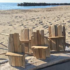 ウォールシェルフ/ミニシェルフ/東京ロハスフェスタ/イベント出店/流木雑貨/流木/... 今日は快晴でお盆の御墓参り日和でした。浜…
