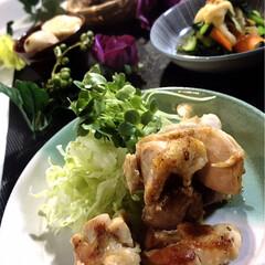 夕飯/献立/わたしのごはん/グルメ/フード 今夜の夕飯です^ ^  最近、小松菜の煮…