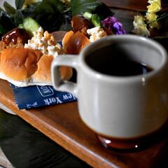 お気に入りマグカップ/バターロール/欲張りサンド/フォロー大歓迎 今日の朝ごパン^ ^  昨日焼いたバター…