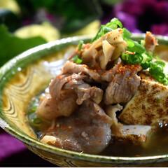 焼き豆腐/ありがとう/牛すじ/フォロー大歓迎 今夜の夕飯です^ ^  昨日下処理した牛…