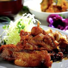 お味噌汁/カボチャ煮物/照り焼きチキン/フォロー大歓迎 こんばんは^ ^ 今夜の夕飯です☘️ 今…