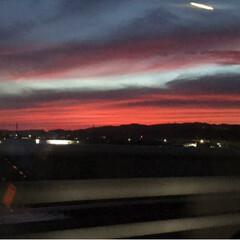 赤灼け/空/風景 空の色が凄く不気味な感じ  何ごとも無け…