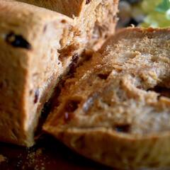 手作りパン/シナモンレーズンパン/フォロー大歓迎 おはようございます😊  今日、久しぶりに…