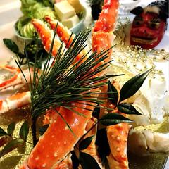 蟹すき/タラバガニ/おうちごはん/グルメ/フード 今夜の夕飯です^ ^  お正月は蟹^ ^…(1枚目)