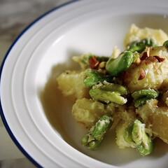クリームソース/リミアな暮らし/新じゃが/空豆 こんにちは^ ^  春の食材、空豆と新じ…