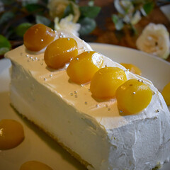 息子リクエスト/桃/マロン/スクエアケーキ/フォロー大歓迎 今夜のおやつ^ ^  息子の夢のケーキを…