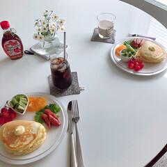 ホットケーキ/おうちカフェごはん/おうちカフェ/キッチン雑貨/おうちごはん/ランチ 昨日のお昼ごはん。 最近、娘と2人の時は…
